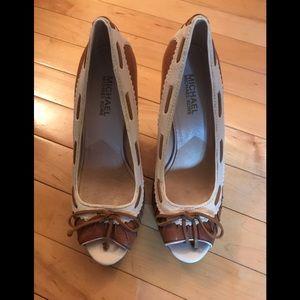 Michael Kors Size 8 leather heels